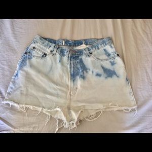 Pants - High Waisted Jean Vintage Bleached Shorts SZ 12/14